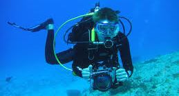 PADI DIGITAL UNDERWATER PHOTOGRAPHY DIVER